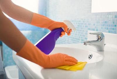 limpieza-baño-500x334